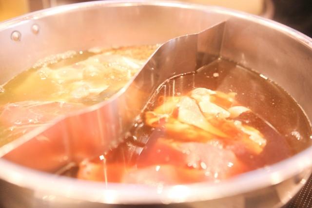 中華風しゃぶしゃぶ鍋、ホットポット